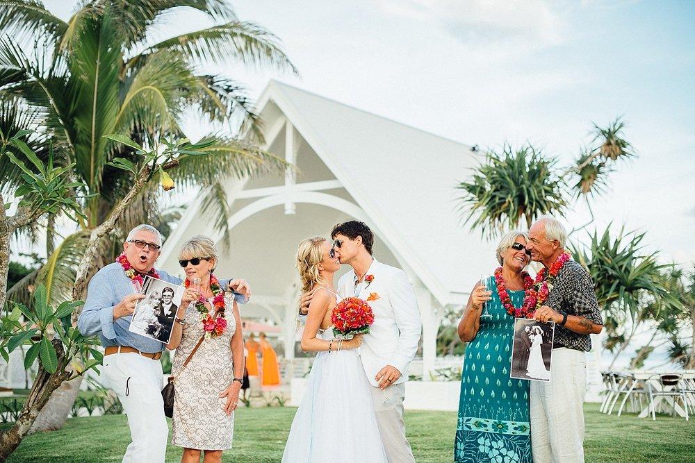 AnnaKyle-WeddingPhotography-TamanuOnTheBeach-VillaChampagne-GroovyBanana-VanuatuPhotographers_0018.jpg