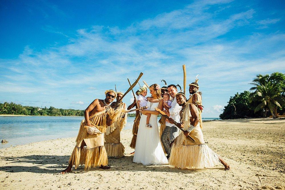 FredLieselot-WeddingPhotography-ErakorIsland-GroovyBanana-VanuatuPhotographers_0049.jpg