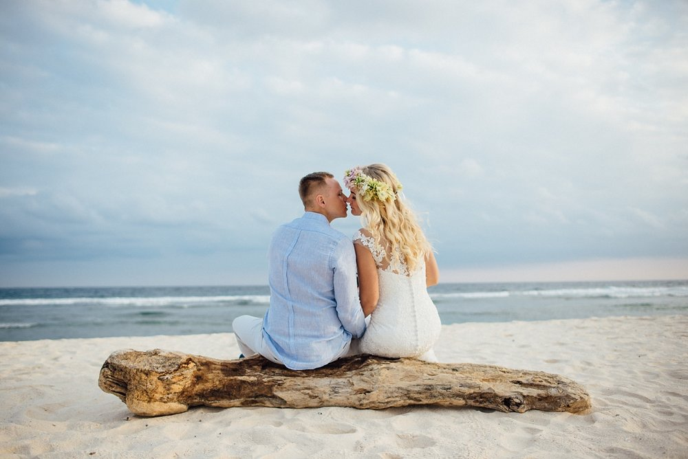 gathlin-andre-wedding-tamanu-on-the-beach-vanuatu-phtography-012.jpg