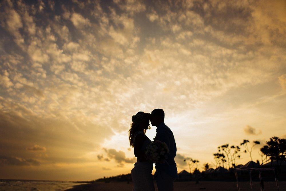 gathlin-andre-wedding-tamanu-on-the-beach-vanuatu-phtography-017.jpg