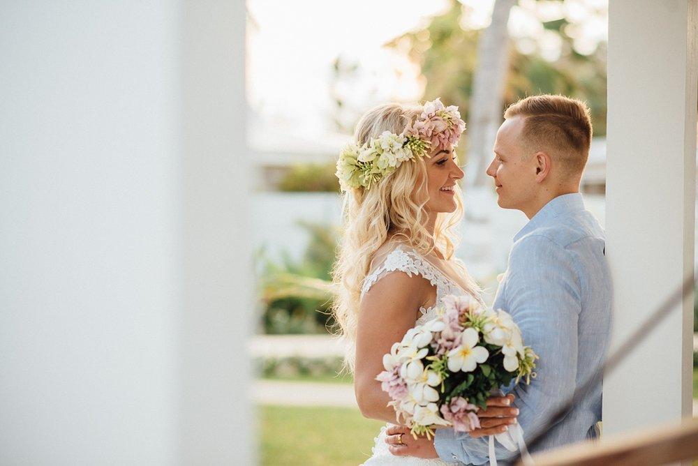 gathlin-andre-wedding-tamanu-on-the-beach-vanuatu-phtography-013_0020.jpg