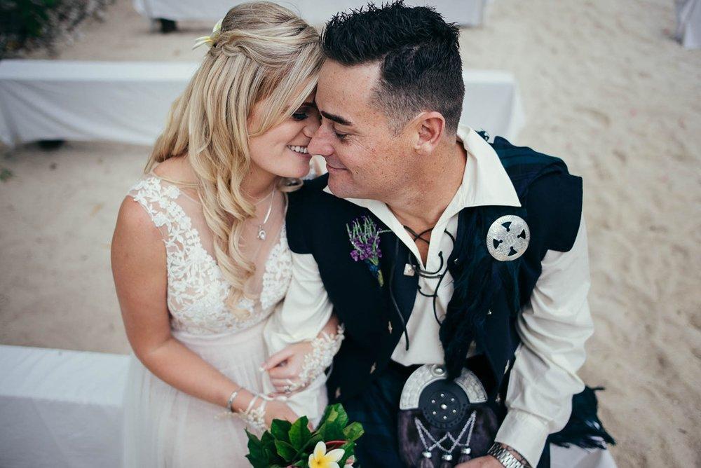 lorraine-simon-wedding-erakor-vanuatu_0023.jpg