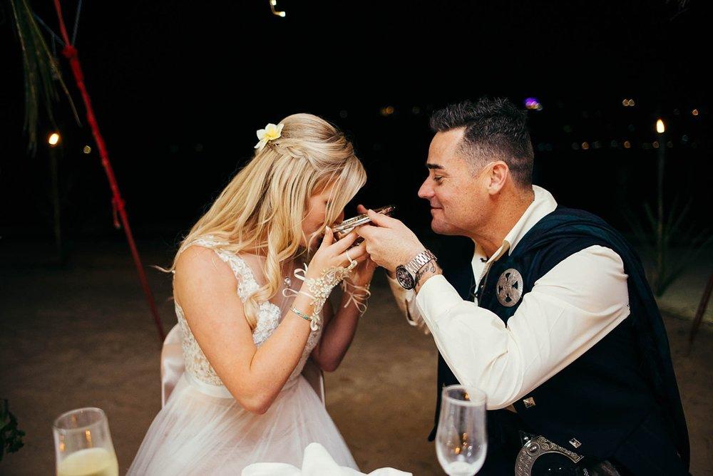 lorraine-simon-wedding-erakor-vanuatu_0031.jpg