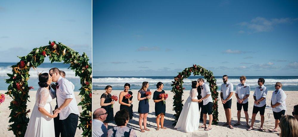 sarah-shaun-tamanu-wedding-vanuatu-groovy-banana_0029.jpg