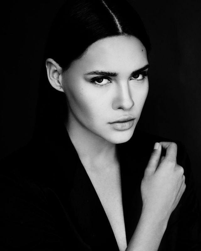 black_and_white_portrait_photography_3.jpg