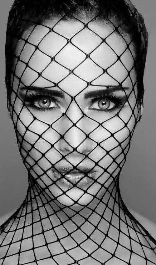 black_and_white_portrait_photography_4.jpg