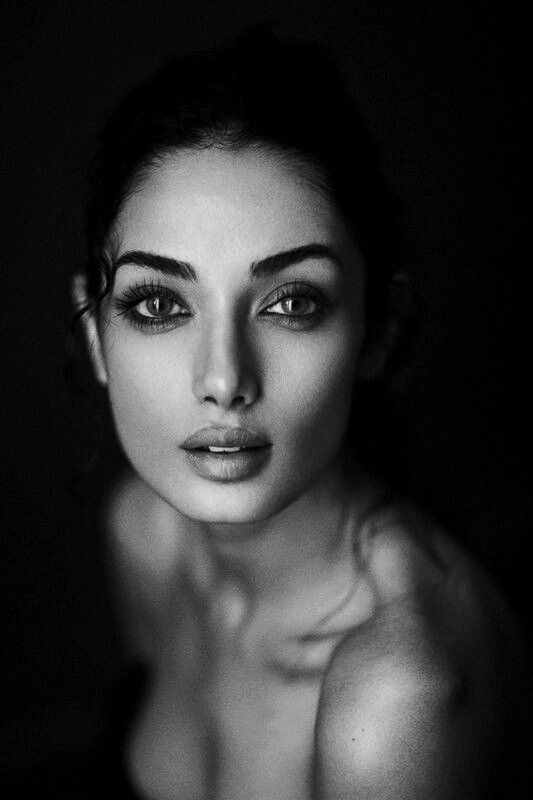 black_and_white_portrait_photography_5.jpg