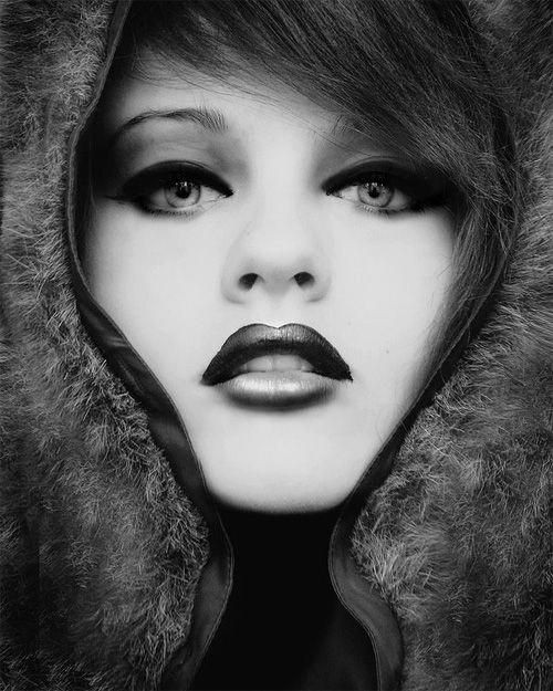 black_and_white_portrait_photography_13.jpg