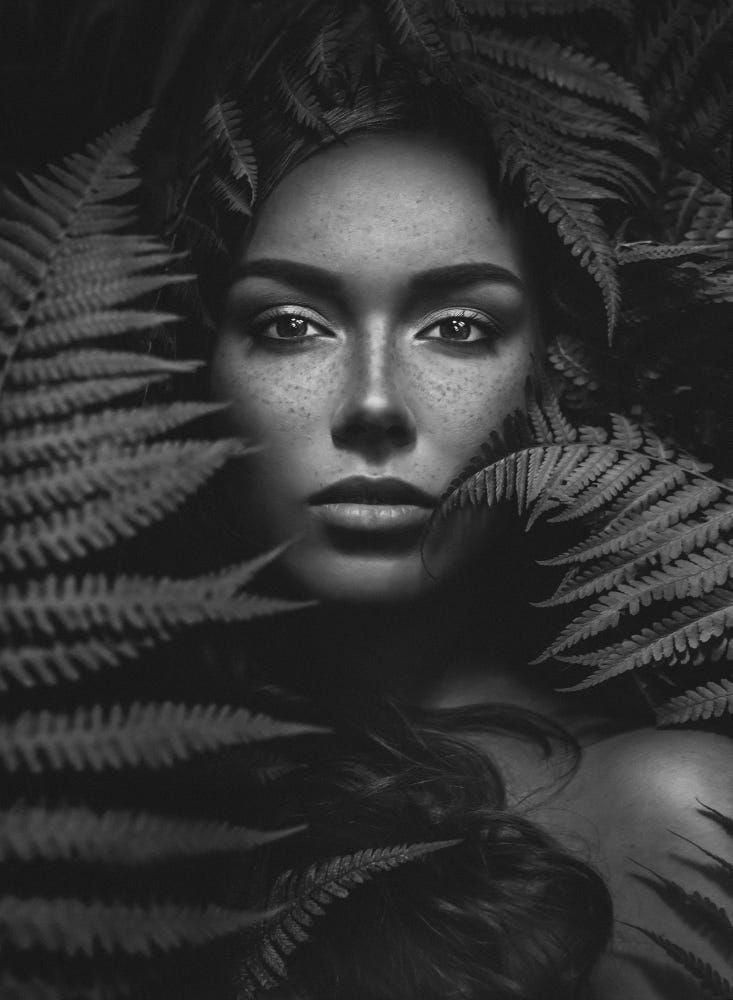 black_and_white_portrait_photography_14.jpg