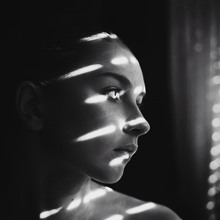 black_and_white_portrait_photography_20.jpg