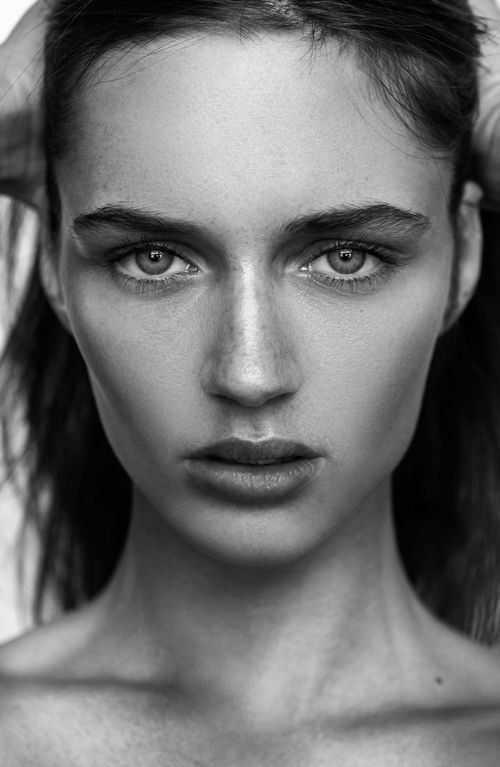 black_and_white_portrait_photography_28.jpg