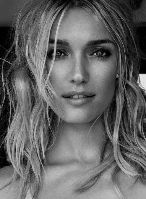 black_and_white_portrait_photography_29.jpg