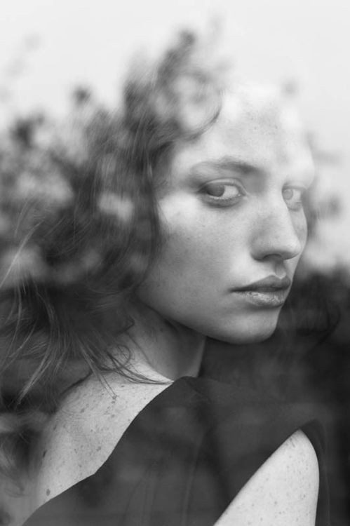 black_and_white_portrait_photography_34.jpg