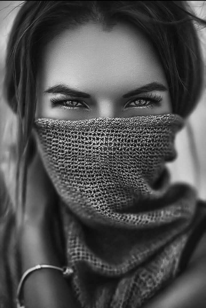 black_and_white_portrait_photography_47.jpg