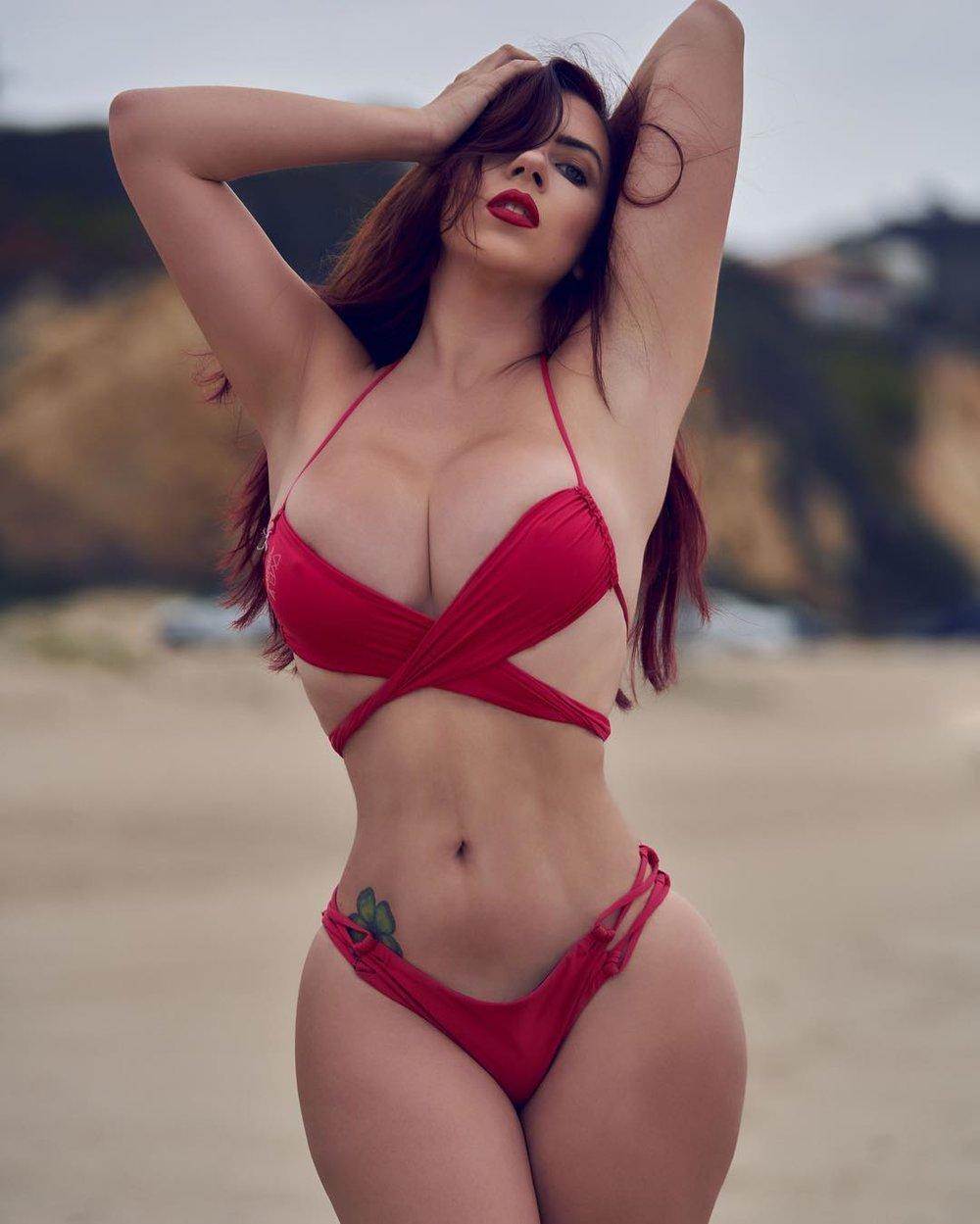 bikini_model_portrait_photography_30.jpg