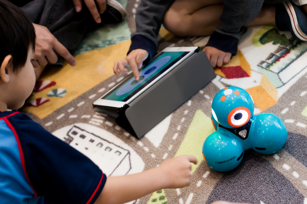 FOR 4-9 YRS OLD Coding, Robotics, and 3D Design & Printing
