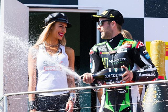 @jonathan_rea celebration his victory at Phillip Island #phillipislandcircuit for Round 1 of the 2017 MOTUL FIM World Superbike 