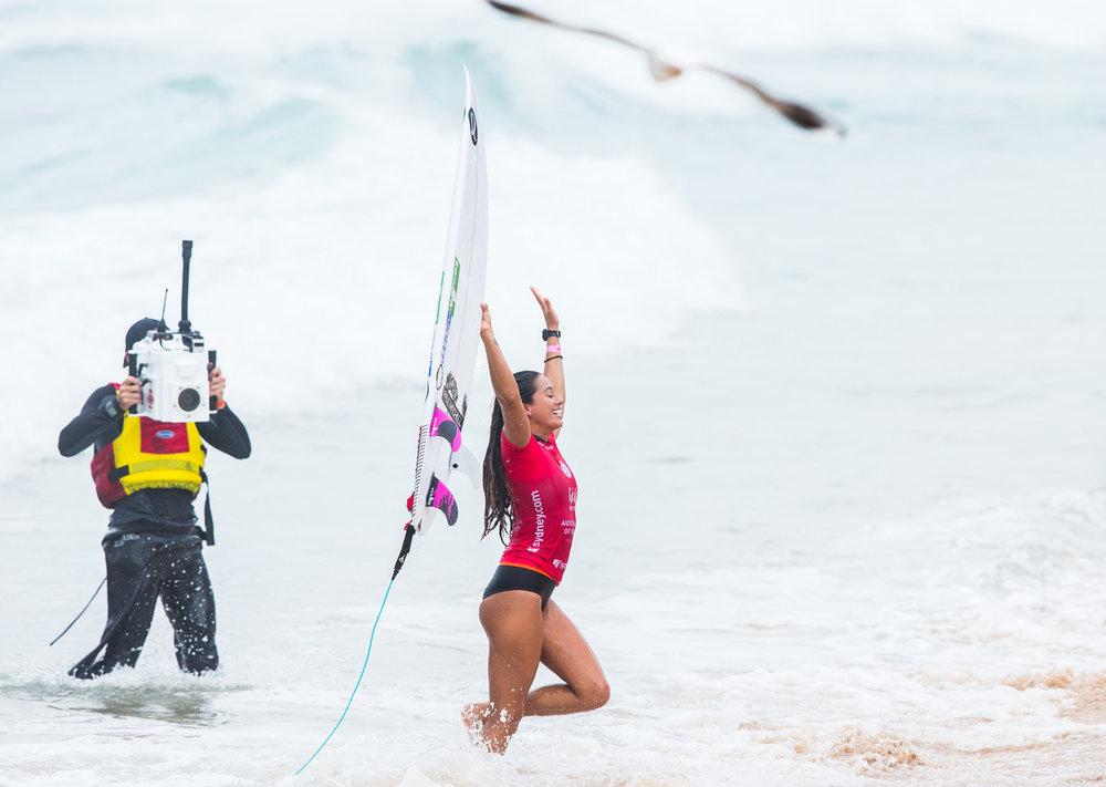 Malia Manuel Australian open surfing winner - owenphoto