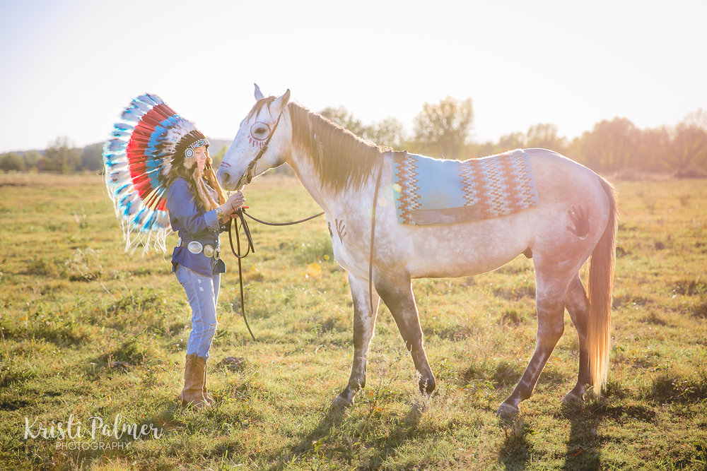 senior photo horse and headdress