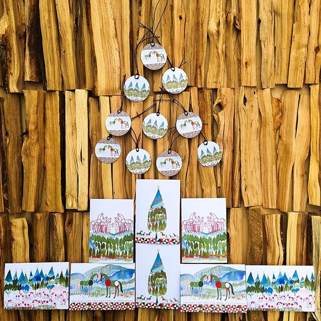 It's beginning to look a lot like Christmas. Check the awesome season card and tag packs at PonyInk.com 🎄 #PonyInk #Christmas #hohoho