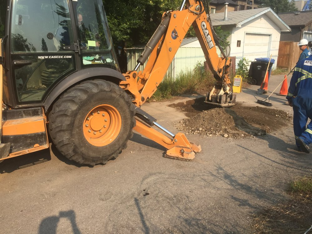 Atco is finished digging up my gas line and cutting it off. Next they will have to repair the asphalt surface that was cut up. Atco doesn't come quick to do these jobs, but they do come cheap!