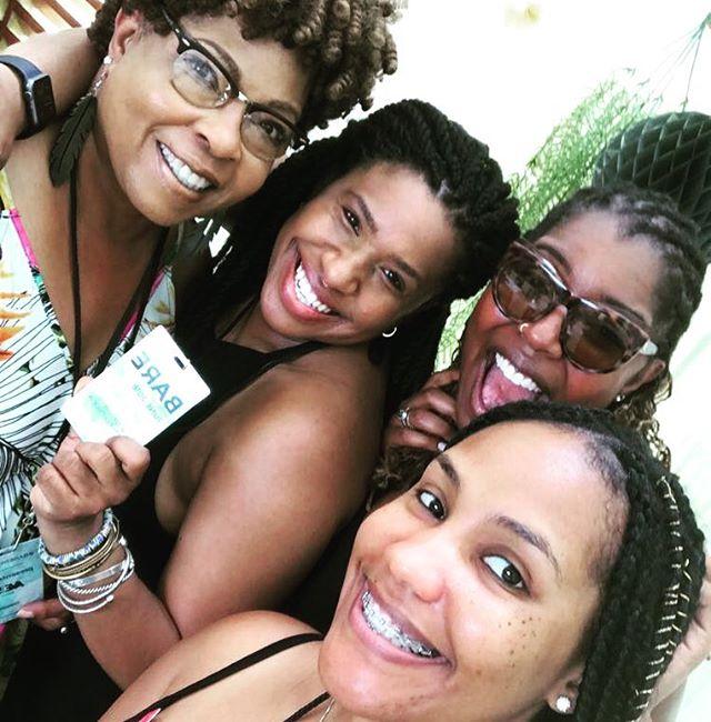 Ladies on deck #aveladies #bareretreat