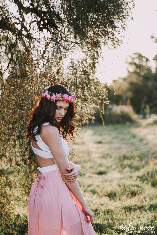 floral-engagement-portrait