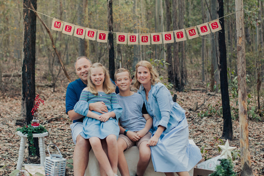 family-portrait-for-christmas-mini-sessions