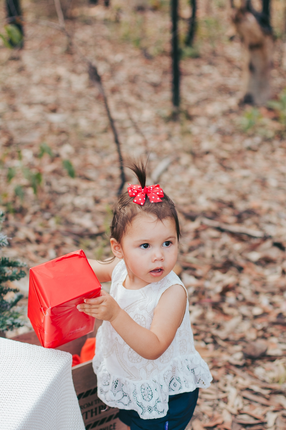 little-girl-with-red-present