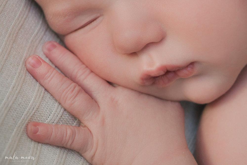 Oliver-Newborn-Mala-Moon-Photography-48.jpg