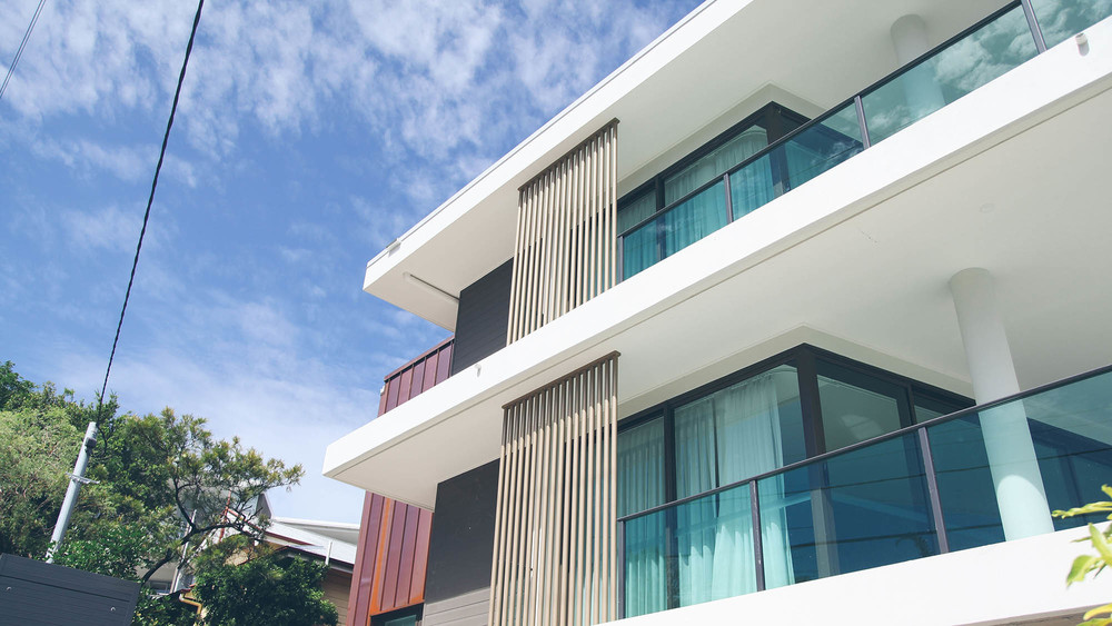 One of Brisbane's most upmarket suburbs, Bulimba features a stunning collection of modern design apartments that appeal to most buyers.