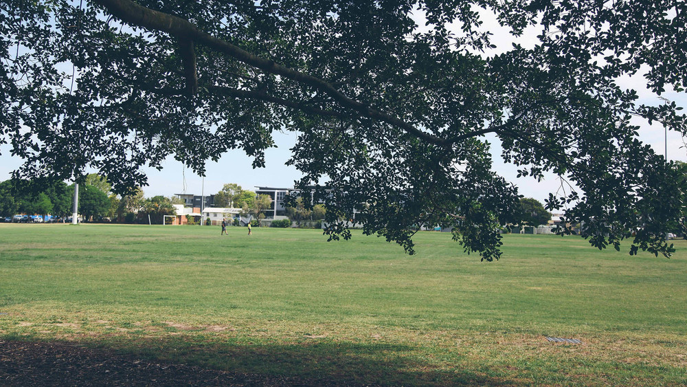 Bulimba also has a large playing field, which is located along Oxford Street in close proximity to its dining and retail stores.