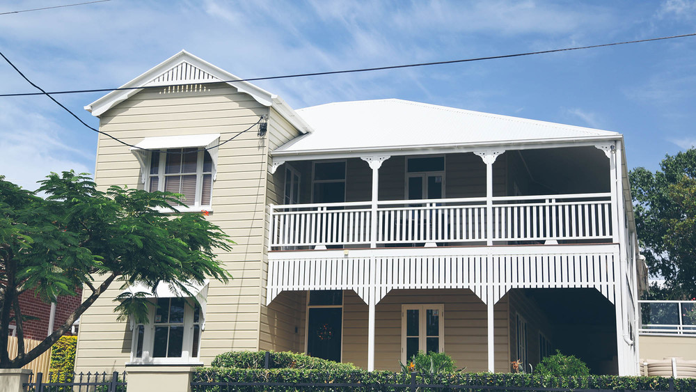 Throughout Brisbane and especially in Bulimba there are many renovated Queenslanders that are very appealing to property buyers.