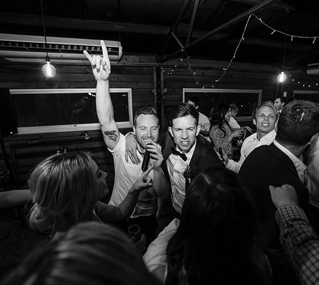 A big credit to @ashleykweddingphotographer for capturing these memorable moments! 📸 such a pleasure to work with you, amazing!  What a wedding 🙌 @afrenchy @ashleejhall @zonzoestate @rutherfordentertainment  #wedding #melbournewedding #zonzoestate #dancefloor #party #celebration #reception #weddingsinger #singer #photography #weddingphotography