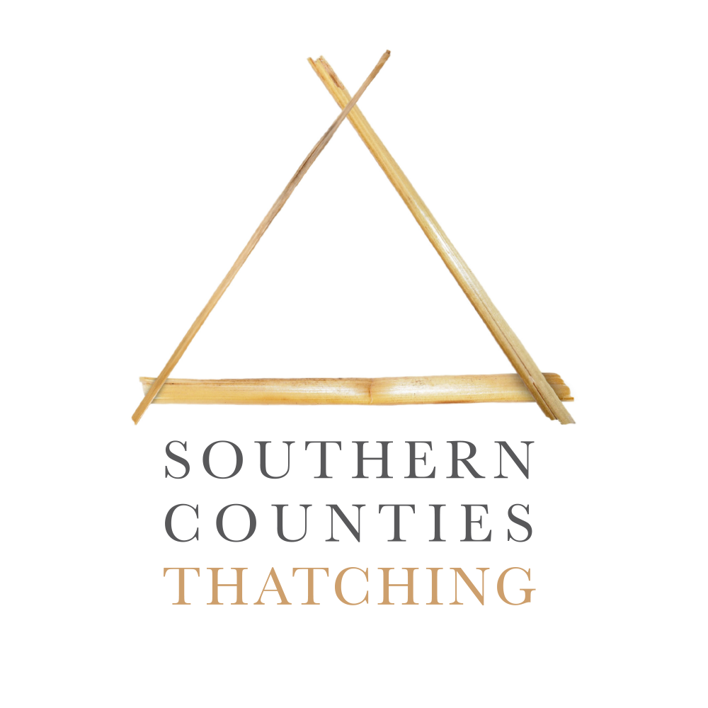 Southern Counties Thatching Ltd: Master Thatcher in Wiltshire, Somerset and Devon