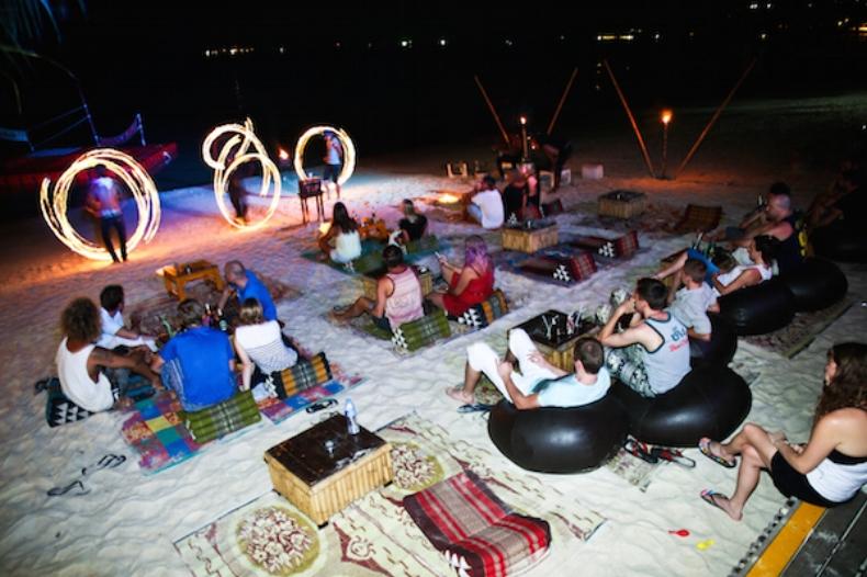 Patong Beach Phuket.jpg
