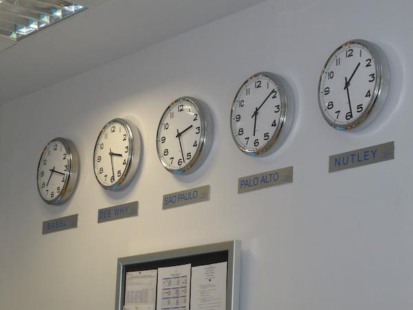 clock-2122431_1920.jpg