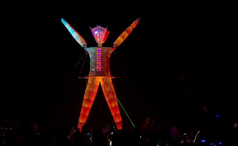 burning-man-558243_640.jpg