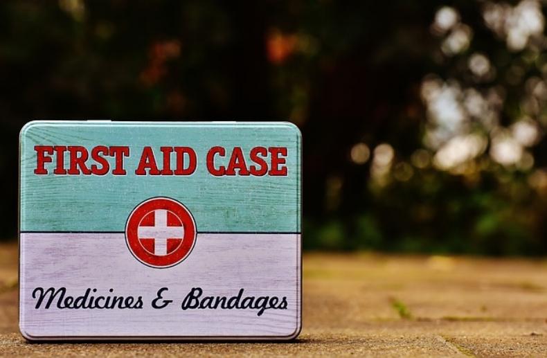 first-aid-1732531_640.jpg