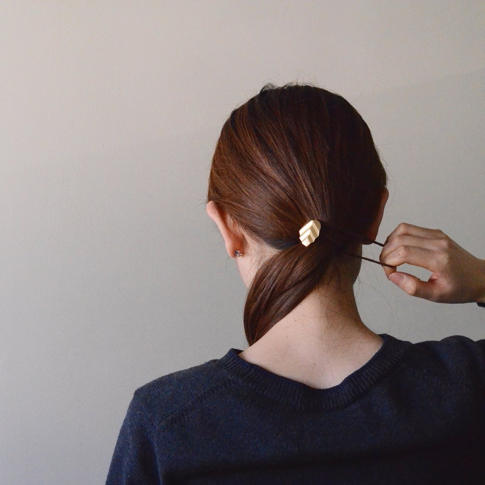 HAIR ACCESSORY -