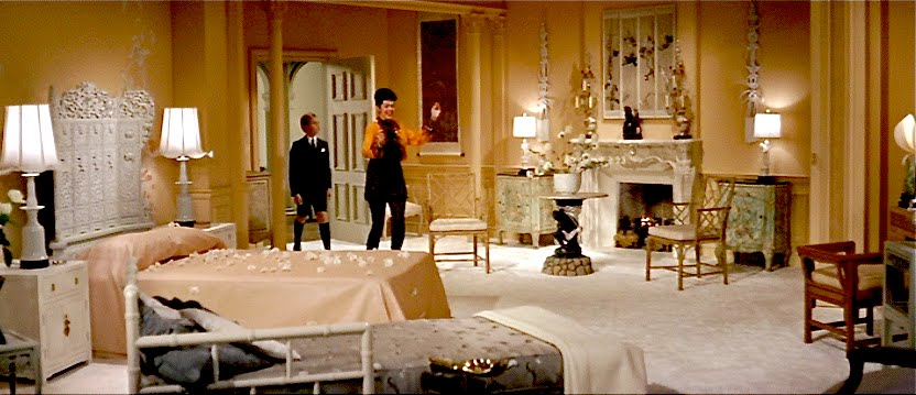 set-design-blog-auntie-mame