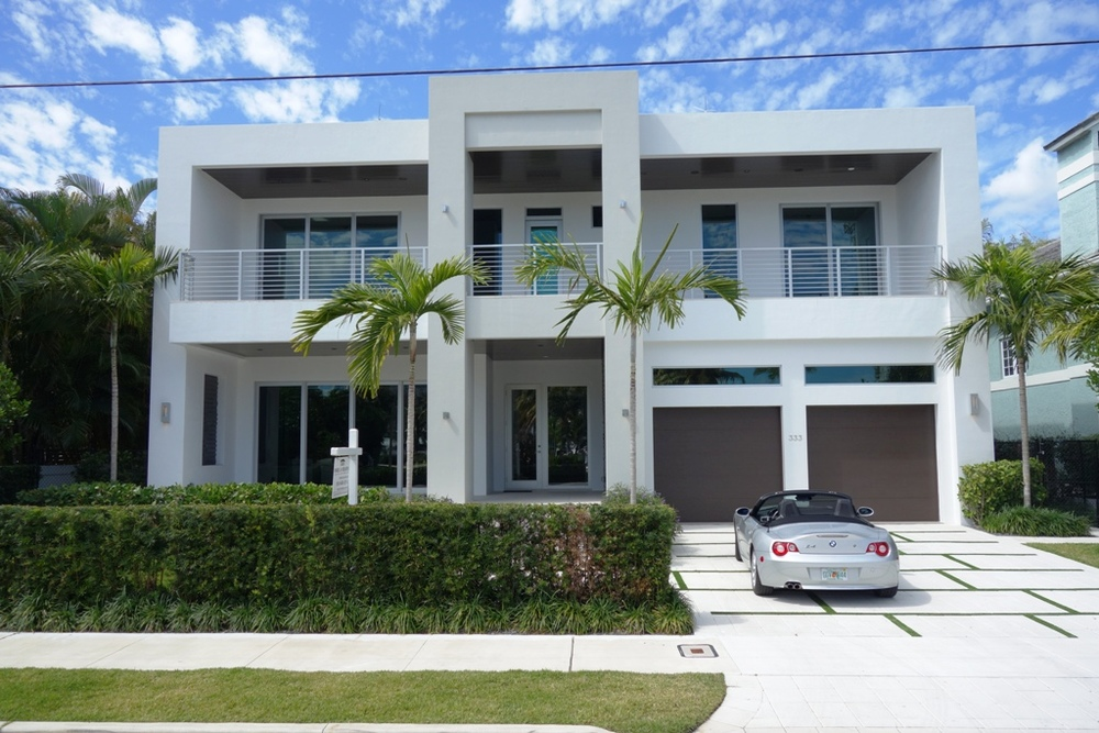 Contempoary-vacation-home-las-olas-fort-lauderdale.jpg