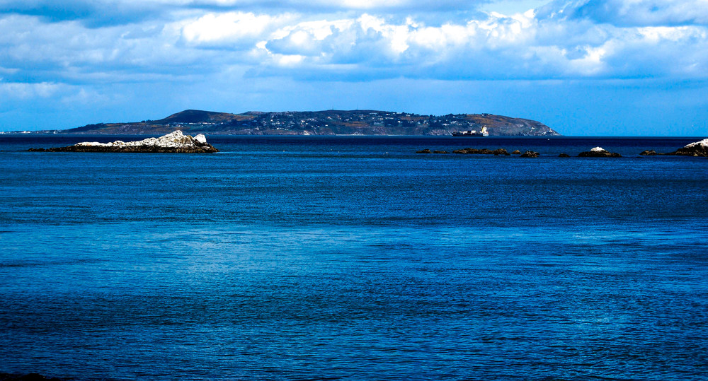 View across Dublin Bay to Howth Peninsular from Dalkey.jpg