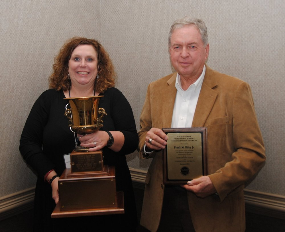 Kim McCollum and 2019 Superior Professional Support Award Recipient Frank Riley