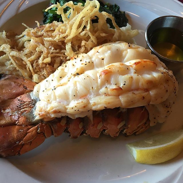 My Monday dinner isn't cutting it compared to my lobster dinner at the #whalingstation in #monterey.