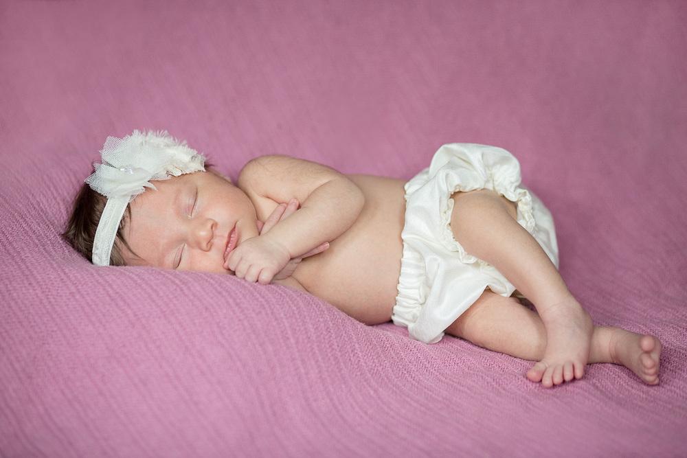 jenn-clark-newborn_0033.jpg