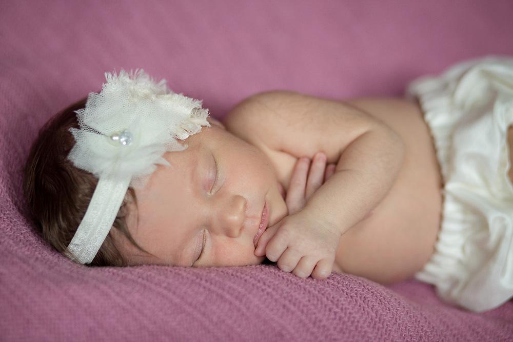 jenn-clark-newborn_0038.jpg