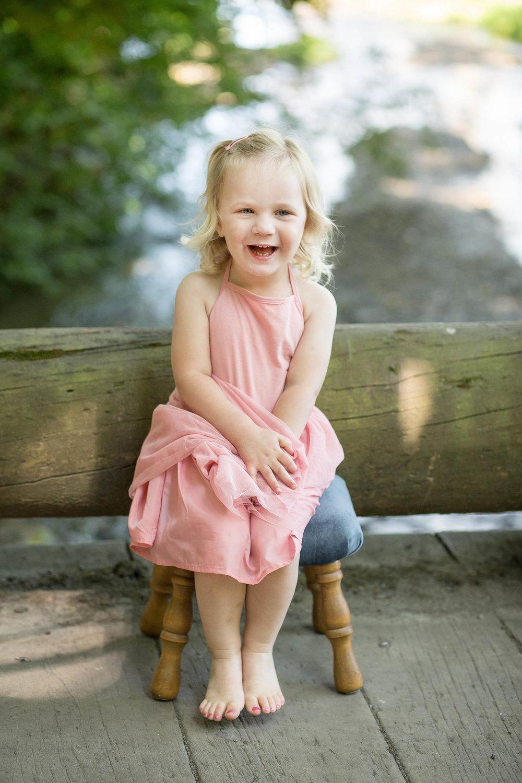 Lindsay-arthur-family_0126.jpg