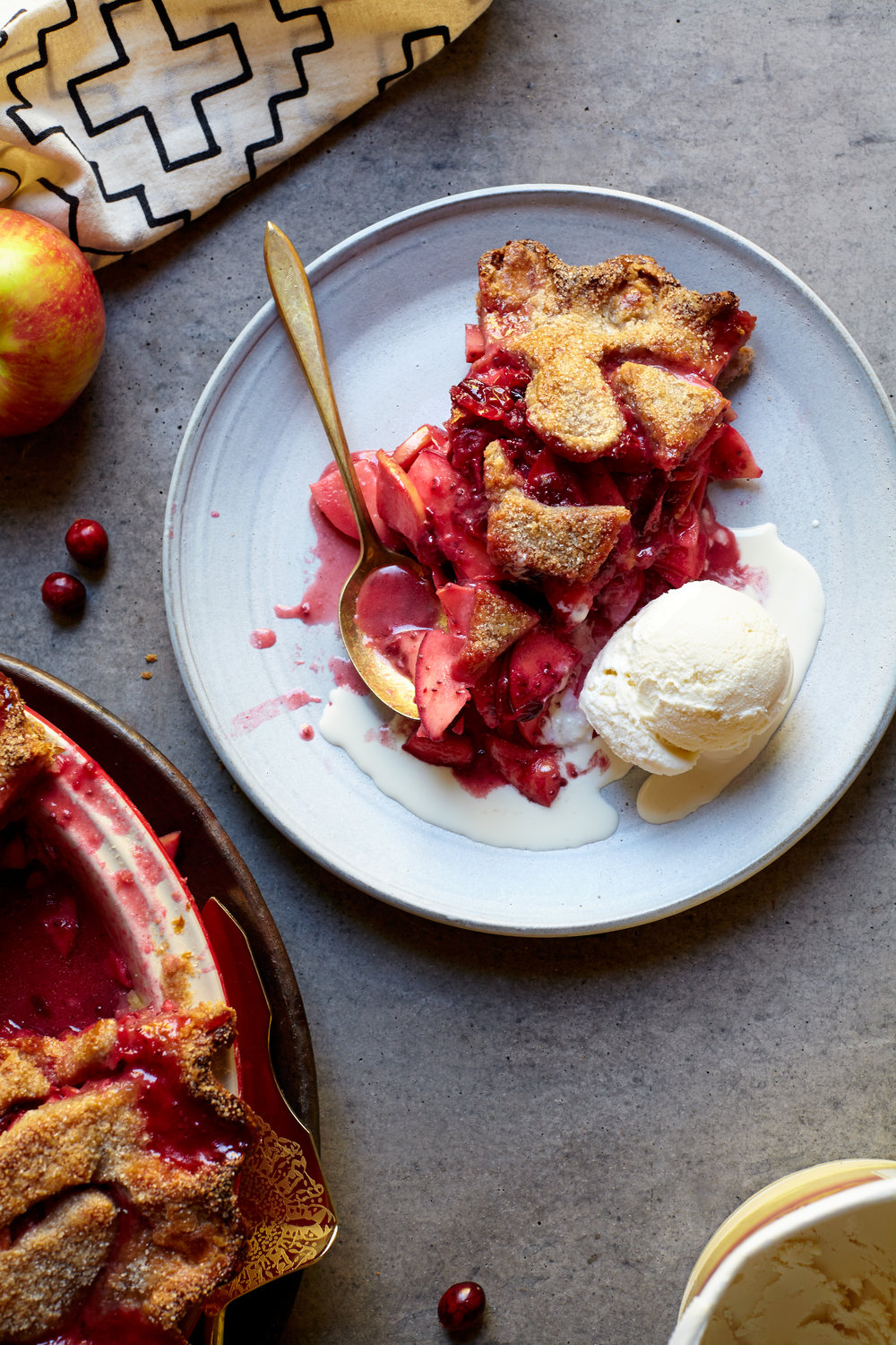 CRANBERRY CHIA APPLE PIE WITH AVOCADO OIL CRUST