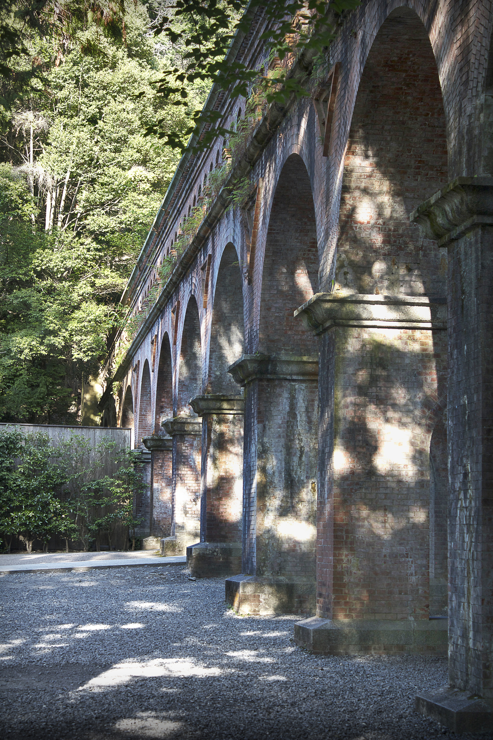 acqueduct.jpg